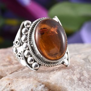 Baltic amber ring in sterling silver.