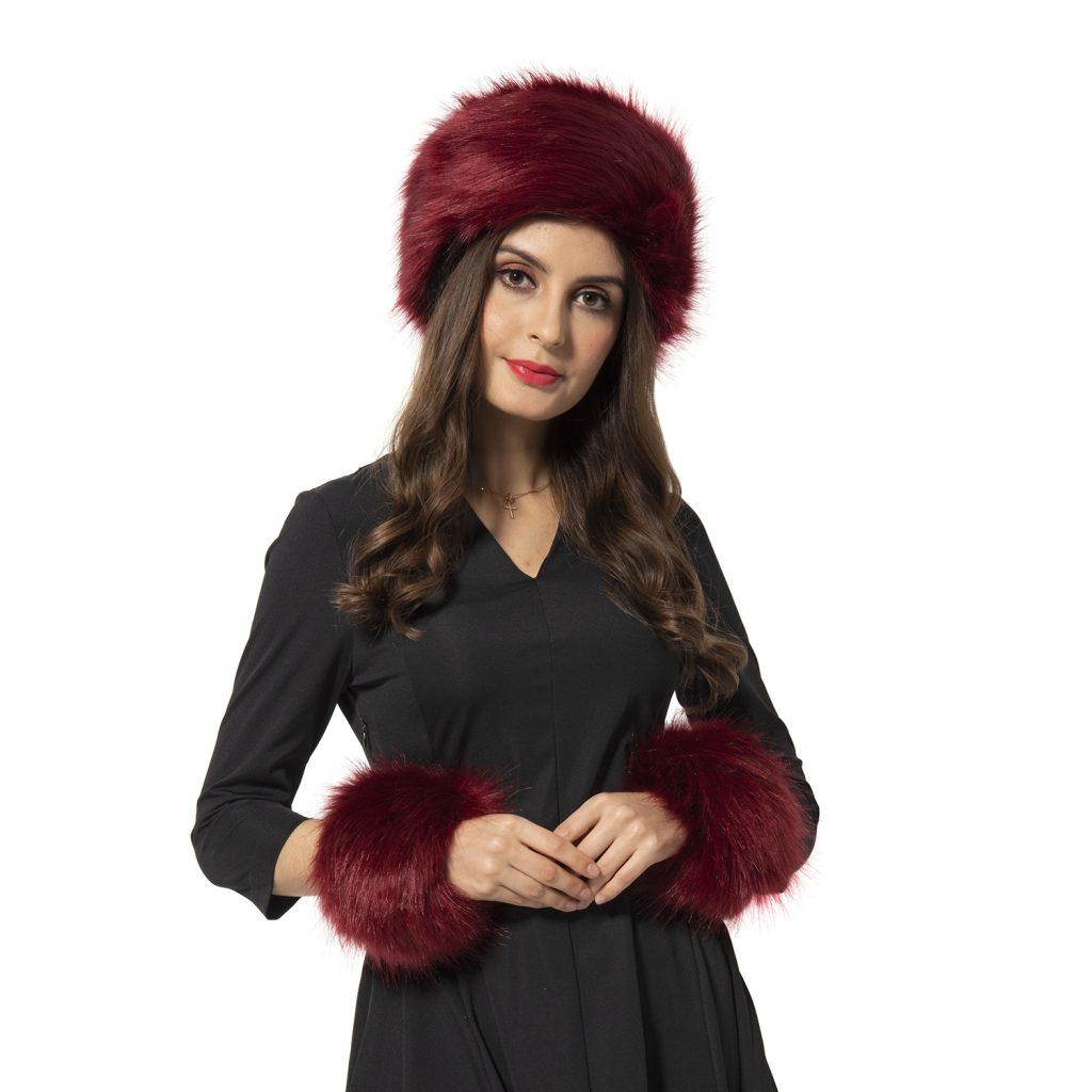 Matching maroon hat and wrist cuff