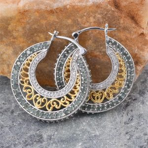 Hoop earrings with alexandrite.