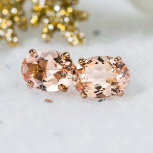 Iliana morangine earrings in 18K rose gold.
