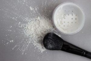 Translucent Powder with Makeup Brush