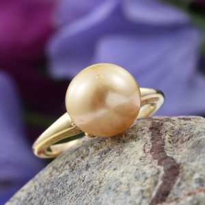 Vermeil ring with South Sea Pearl.