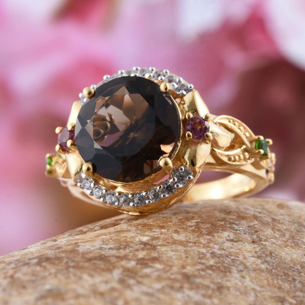 Smoky quartz ring.