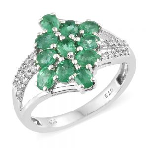 Emerald cluster ring with silver band
