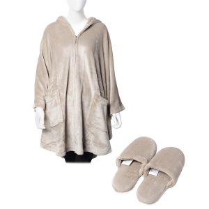 Robe and slipper set.