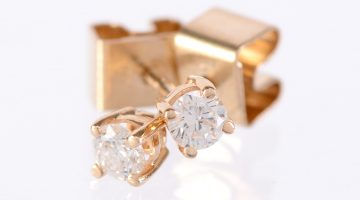 graded diamond earrings
