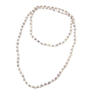 Long pearl necklace.