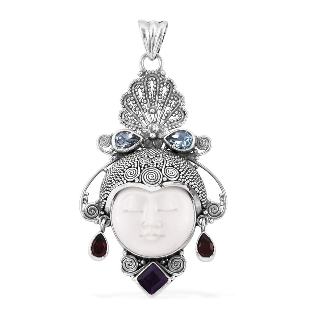 Bali Legacy Collection jewelry pendant.