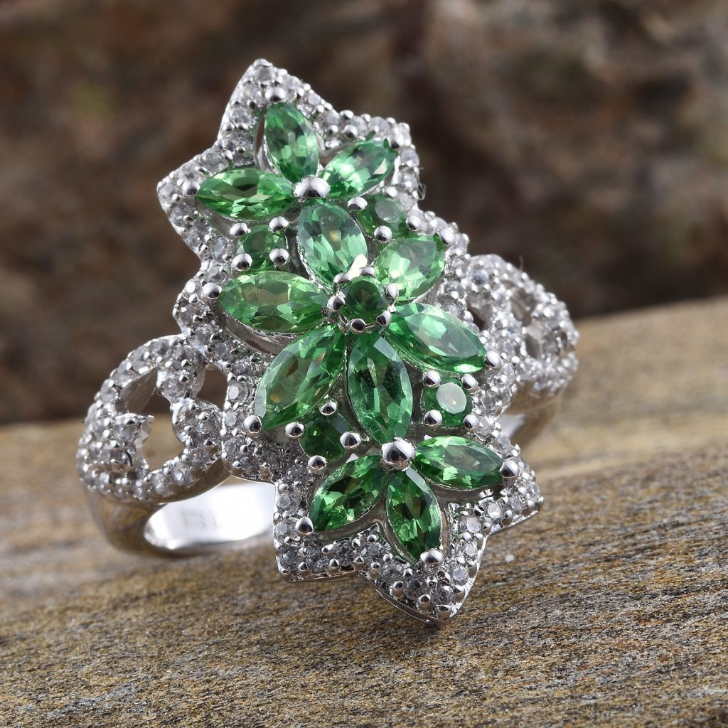 Tsavorite ring in sterling silver.