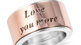 Engraved band ring