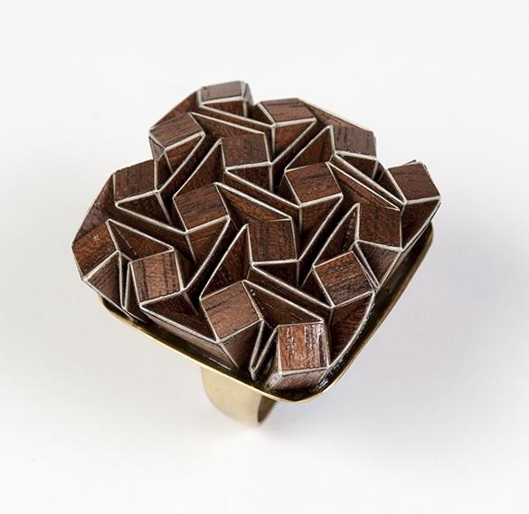 lan Garibi origami ring.