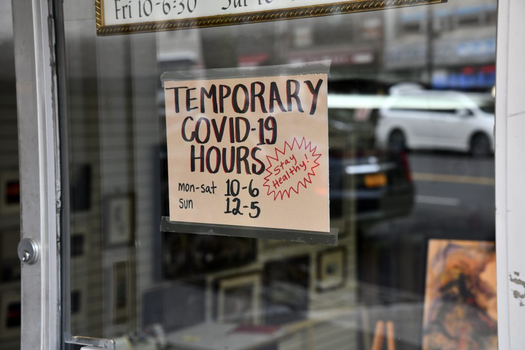 Restaurant with limited hours due to coronavirus.